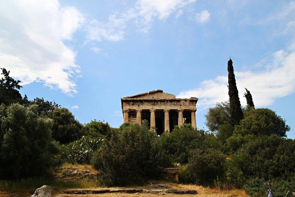 greek agora temple of hephaestus 2