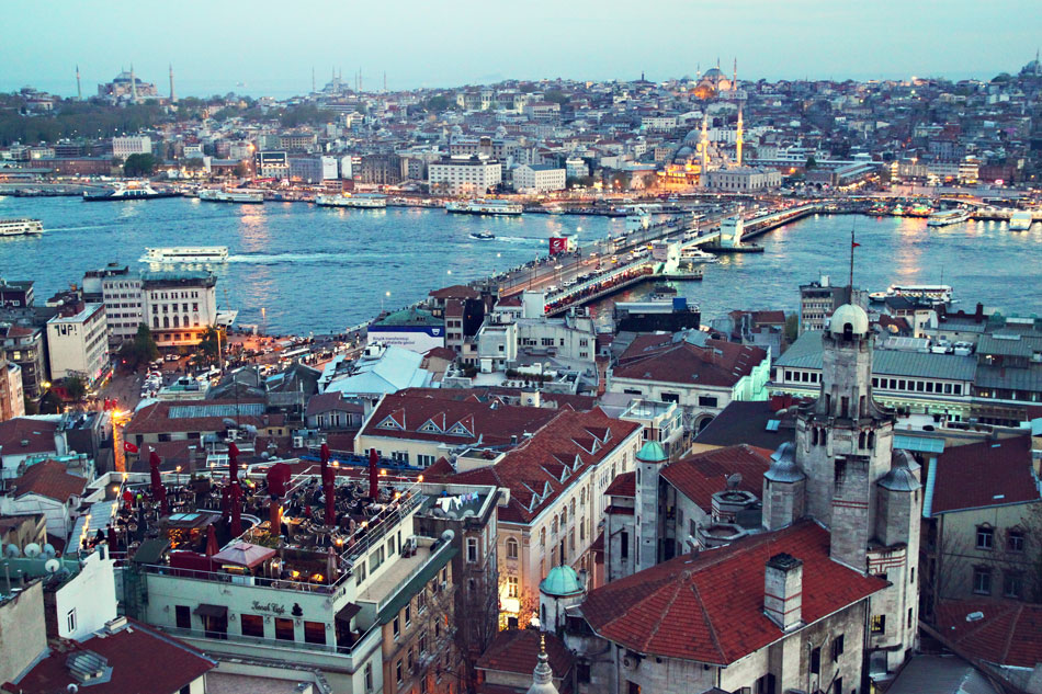 istanbul galata tower view 2