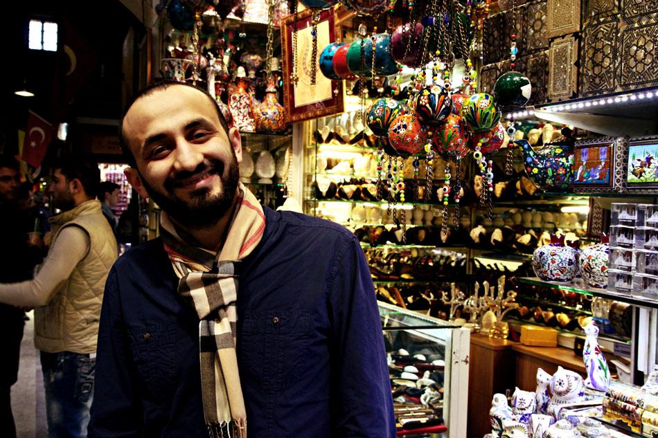 istanbul grand bazaar shopkeeper