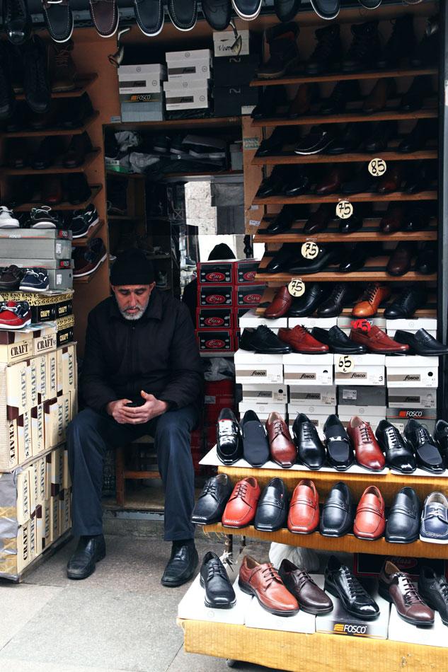 istanbul spice bazaar shoe shop