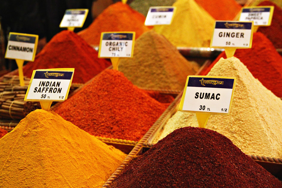 istanbul spice bazaar spices