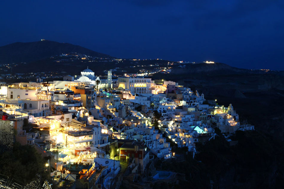 santorini fira night