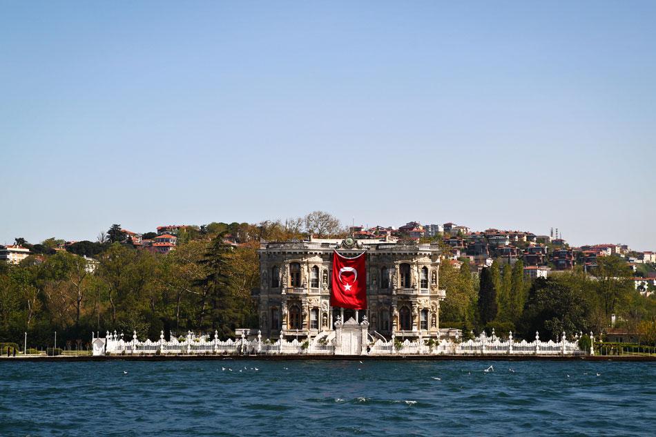 istanbul bosphorus palace
